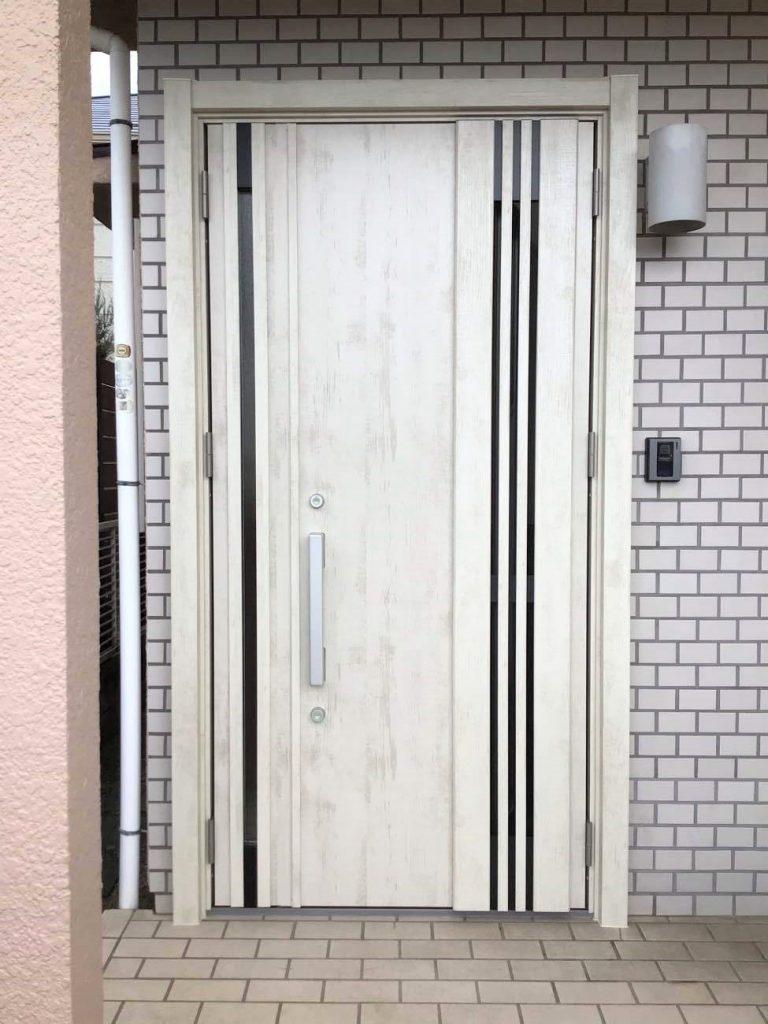 玄関ドアリフォーム【104948】